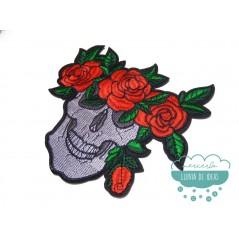 Parche bordado termoadhesivo - Calaveras y rosas