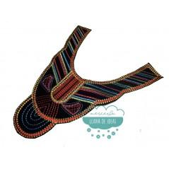 Aplicación bordada termoadhesiva tipo cuello - Serie Katar