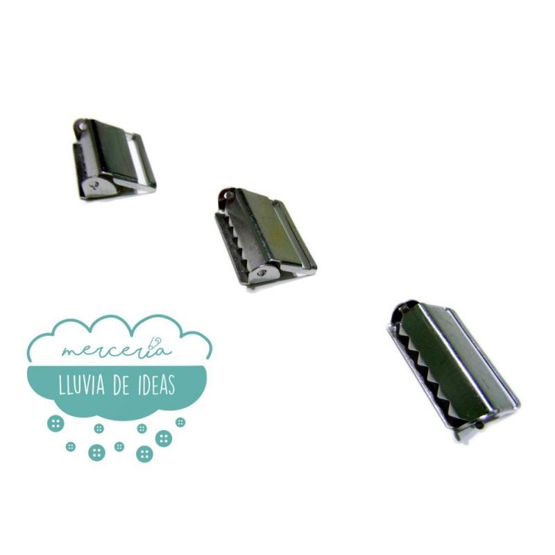 Regulador de metal para tirantes 25 mm.