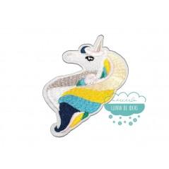 Parche bordado termoadhesivo - Serie Cabeza de unicornio melena multicolor