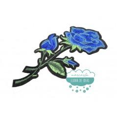 Parche bordado termoadhesivo - Ramo de rosas azul - Serie Simona