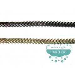 Pasamanería metalizada - Serie Boomerang