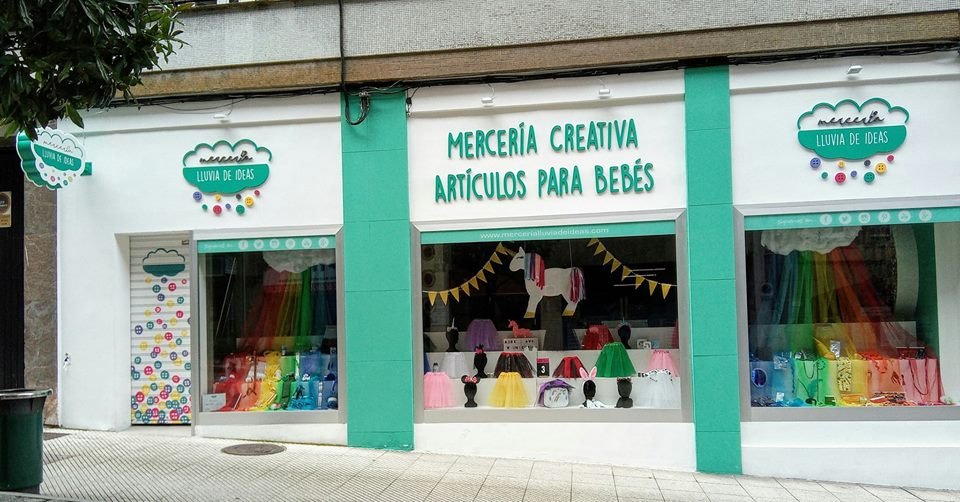 Escaparate de la mercería creativa Lluvia de Ideas
